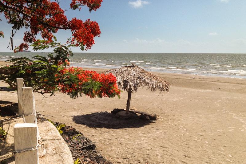 Playa_Santo_Domingo_Ometepe_Nicaragua